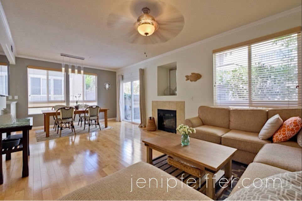615 Marble Arch Living Room_Courtesy Jeni Pfeiffer